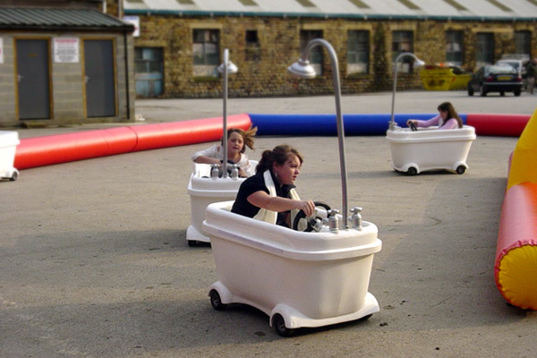 games-motorised-bath